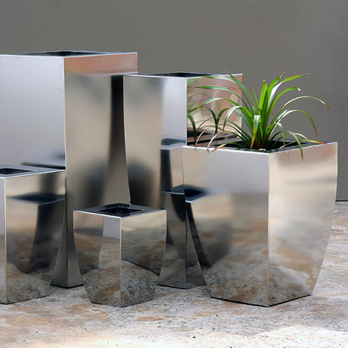 A Range Stainless steel planters